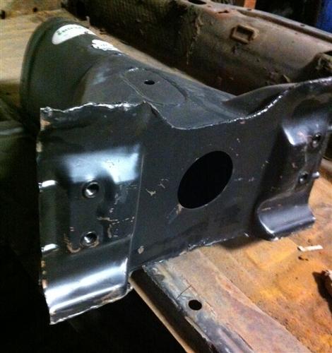 Metal Floor Pan Half Halves For VW Volkswagen Bug. 111701061M 113701061  133701061 111701062M 113701062 133701062